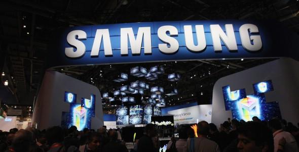 17 Çeşit Galaxy S5 Piyasaya Sürülüyor !